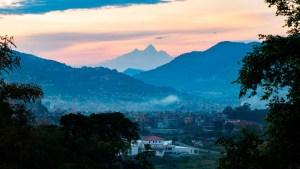 La cuarentena por coronavirus deja ver el monte Everest a 200 kim de distancia (Foto)