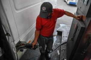 Venezuela seguirá dependiendo de Irán para tener gasolina (Video)