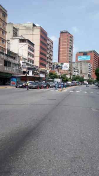 Así vive Caracas la cuarentena radical (fotos) 5