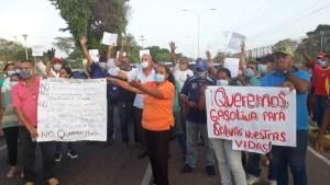 Falta de insumos y un restringido despacho de gasolina lleva a riesgo de muerte a pacientes renales en Ciudad Bolívar