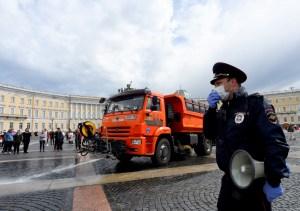 Ministro de sanidad ruso alerta sobre posible aumento de contagios