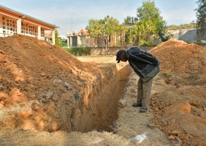 Bolivianos rechazaron fosas en cementerio colapsado por temor a contagios
