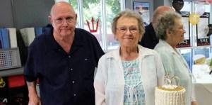Amor y tragedia: Tomados de la mano, murieron de coronavirus tras estar casados 53 años