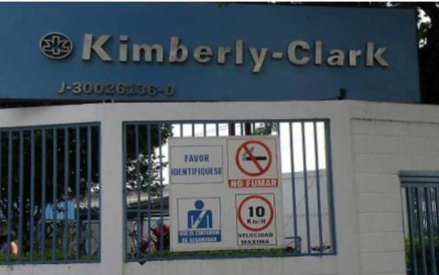 Trabajadores en Aragua denuncian despidos masivos por parte de la empresa del régimen Kimberly Clark