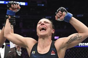 El sorprendente entrenamiento de una luchadora de UFC con ocho meses de embarazo (VIDEO)