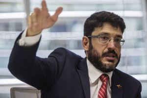 José Ignacio Hernández respondió a las acusaciones de Jorge Rodríguez