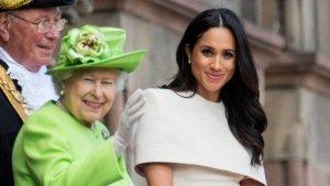 Furia en Buckingham por la traición de Meghan Markle a la reina Isabel II