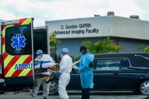 Estados Unidos se acerca a las 222 mil muertes por coronavirus