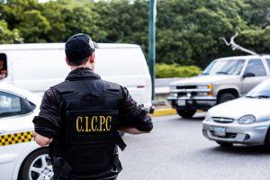 Antisociales dispararon y apuñalaron a un hombre dentro de su casa en Monagas