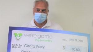 Se enteró que ganó la lotería mientras esperaba que lo atendiera un dentista
