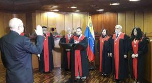 ¿Quién es Leonardo Morales, el nuevo rector exprés del CNE írrito?