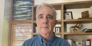El Tiempo: Corte Suprema de Colombia cita a Álvaro Uribe por otro proceso