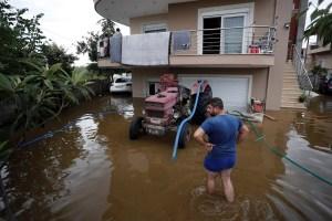 Al menos cinco muertos en el temporal que ha azotado la isla griega de Eubea