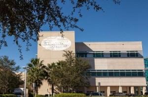 Escándalo en Florida: Personal de un hospital habría desaparecido el cuerpo de un bebé recién nacido