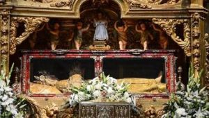 La misteriosa Virgen Durmiente de la catedral de Plasencia que solo se puede visitar nueve días al año