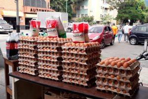 La escasez de gasolina vuelve a impactar en los precios de alimentos en Venezuela