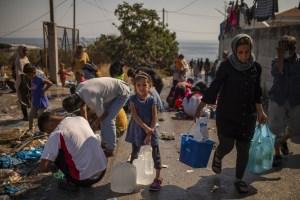 En Grecia, unos 250 niños sin acompañantes en campamentos de refugiados serán trasladados