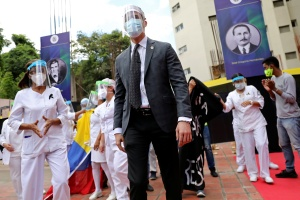 Guaidó denunció que Maduro bloquea ingreso de la vacuna del Covid-19 a Venezuela