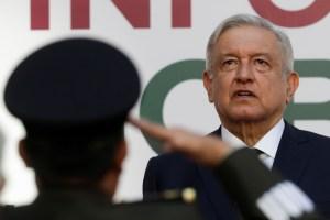 """López Obrador está """"bien"""" y """"fuerte"""" tras contraer coronavirus, asegura ministra"""