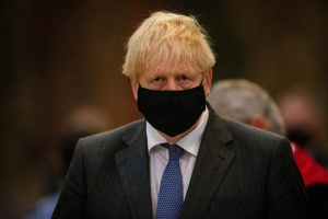 ¿Último confinamiento? Boris Johnson presenta su plan para desconfinar