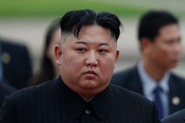 """El infame """"escuadrón del placer"""" de Corea del Norte: Colegialas vírgenes  seleccionadas para complacer a Kim Jong Un - LaPatilla.com"""