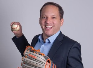 El venezolano Fernando Huncal: A las Grandes Ligas, pero sin uniforme