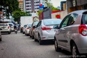 Las colas infinitas para surtir gasolina en Puerto Ordaz este #17Oct (Video)