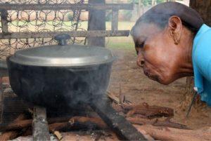 Cocinar a leña puede causar desde derrame pleural… y hasta cáncer de pulmón