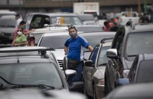 Persiste y se agudiza la escasez de gasolina en Venezuela