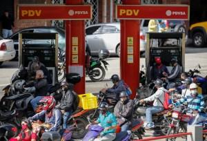 Régimen de Maduro anunció nuevo sistema de distribución de combustible a partir del #5Oct
