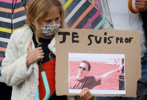 Profesores franceses temen hablar hasta del Holocausto judío por miedo a otro atentado terrorista