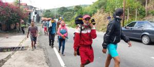 Pese al coronavirus, venezolanos siguen llegando a la frontera para partir hacia Colombia