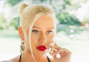 """""""No pensé en nada"""": RIQUÍSIMA luce Christina Aguilera 17 años después del beso con Madonna (FOTOS)"""