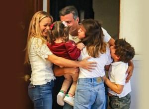 La primera imagen de Leopoldo López reunido con su familia en España #25Oct