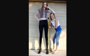 Maci Currin, la joven con las piernas más largas del mundo (VIDEO)