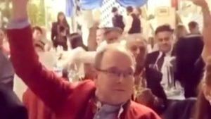 Polémica por el festejo sin tapabocas ni distanciamiento social de Alberto de Mónaco en el Oktoberfest