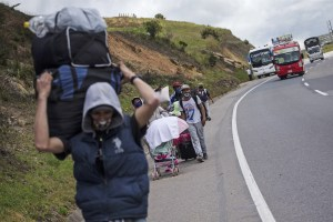Venezuelans start fleeing country again after months of Covid lockdowns