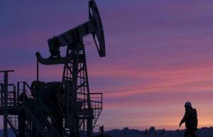 El petróleo en un máximo desde inicios de marzo tras acuerdo de Opep+