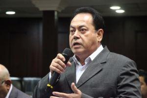 No hay diésel por la corrupción y el despido de más de 20 mil trabajadores de Pdvsa, denunció Alexis Paparoni