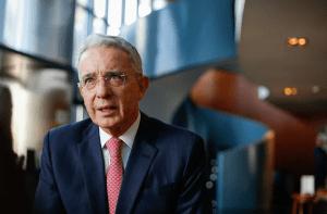 Decisión de caso contra Uribe entra en la recta final en Fiscalía colombiana