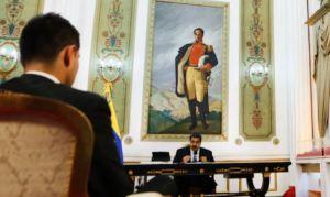 """Maduro ruega por gasolina importada """"para complementar"""" la demanda"""