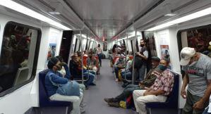 """Régimen de Maduro modificó estructura y distribución interna del """"Tren Caracas"""" (Fotos y video)"""