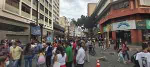 EN FOTOS: El caldo de coronavirus que se hirvió en Sabana Grande este #4Dic