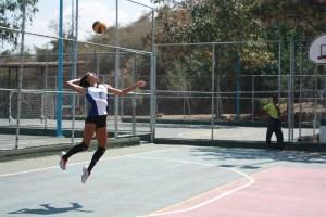 """Auromari """"La Bestia"""" Díaz y su pasión por el voleibol (Fotos y videos)"""