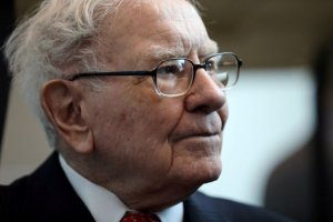 El apocalíptico pronóstico de Warren Buffett sobre el Bitcoin, en medio de la euforia del mercado