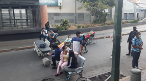 Familiares de pacientes de la Unidad de Diálisis Juan Pablo II denuncian enorme riesgo por falla en el servicio #7Ene (FOTOS)