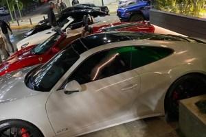 """¿Qué se sabe del presunto """"concesionario"""" de Ferrari abierto en Caracas?"""