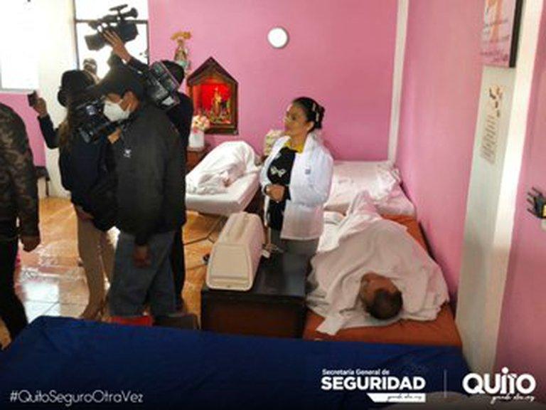 La Policía de Ecuador clausuró un centro clandestino que ofrecía vacunas falsas contra el Covid-19