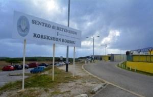 Grupo de venezolanos recluidos en una prisión de Curazao iniciaron huelga de hambre