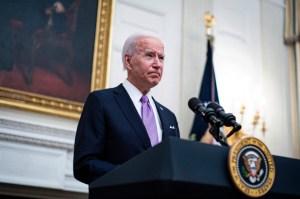 Biden exhorta a militares de Birmania a renunciar inmediatamente al poder